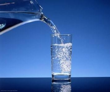 Su içmek sağlık açısından son derece önemli, Su insanlar için hayat kaynağı